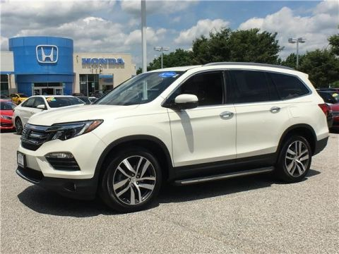Certified Pre-Owned 2018 Honda Pilot Touring All Wheel Drive SUV